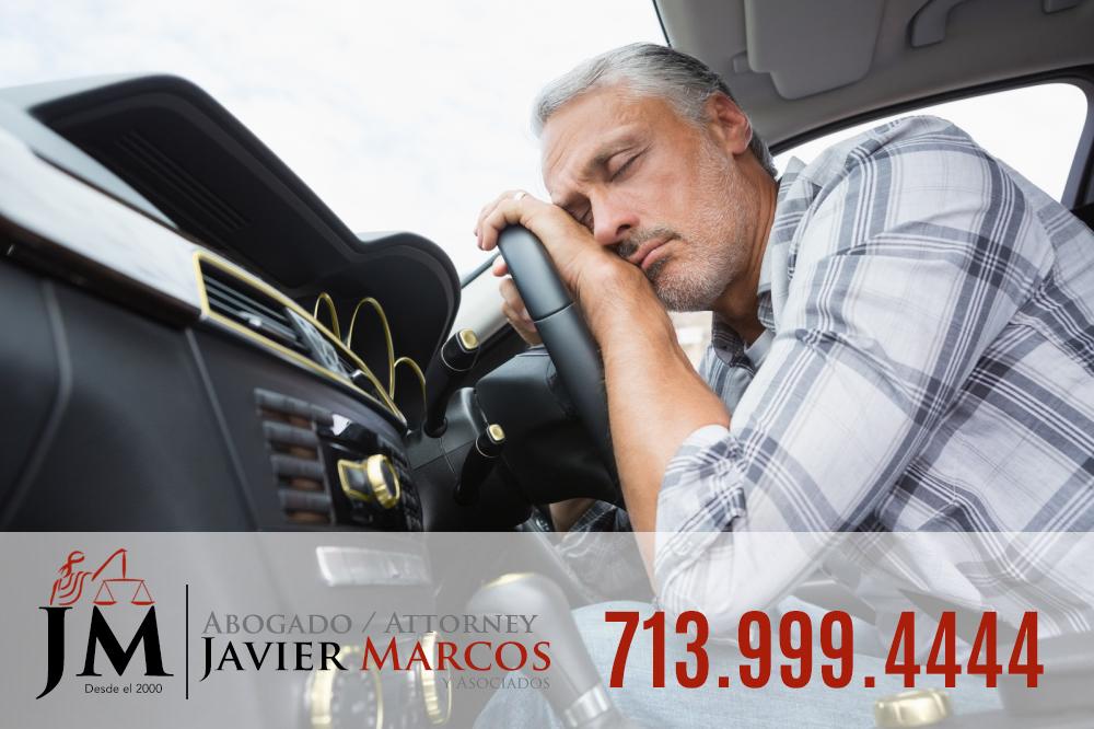 Accidentes de carro? Llame al Abogado Javier Marcos 713.999.4444