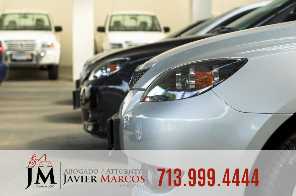 Choque con auto estacionado   Abogado Javier Marcos   713.999.4444