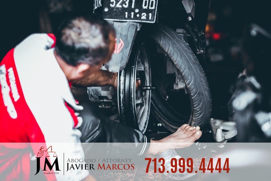 Defectos en motocicleta   Abogado Javier Marcos   713.999.4444