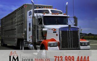 Accidente camion 18 ruedas | Abogado Javier Marcos | 713.999.4444