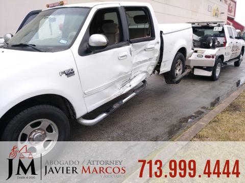 Visita el doctor despues de un accidente | Abogado Javier Marcos | 713.999.4444